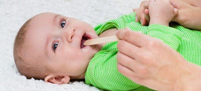 Как лечить появившийся насморк у ребенка в 2 года
