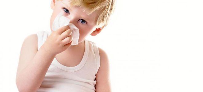 Как лечить насморк у ребенка в 3 года, чтобы не навредить его здоровью
