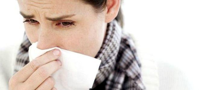 Почему появляется насморк без температуры