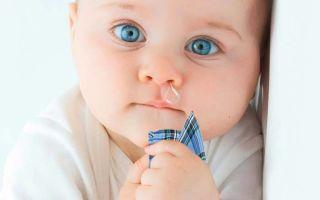 Чем лечить сильный насморк у ребенка в 8 месяцев