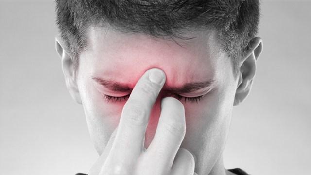 При насморке болит лобная часть головы